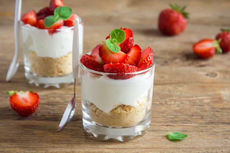Торт Три молока в виде порционного десерта