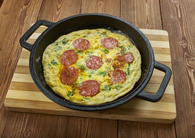 Как приготовит яичницу: рецепт из Италии