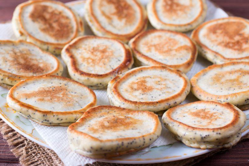 Маковые панкейки: рецепт с фото