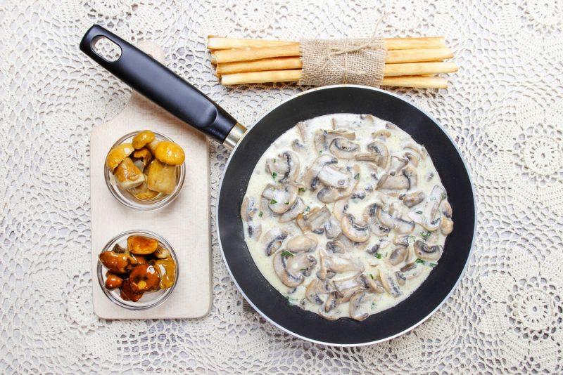 Сливочный соус с грибами: рецепт с фото