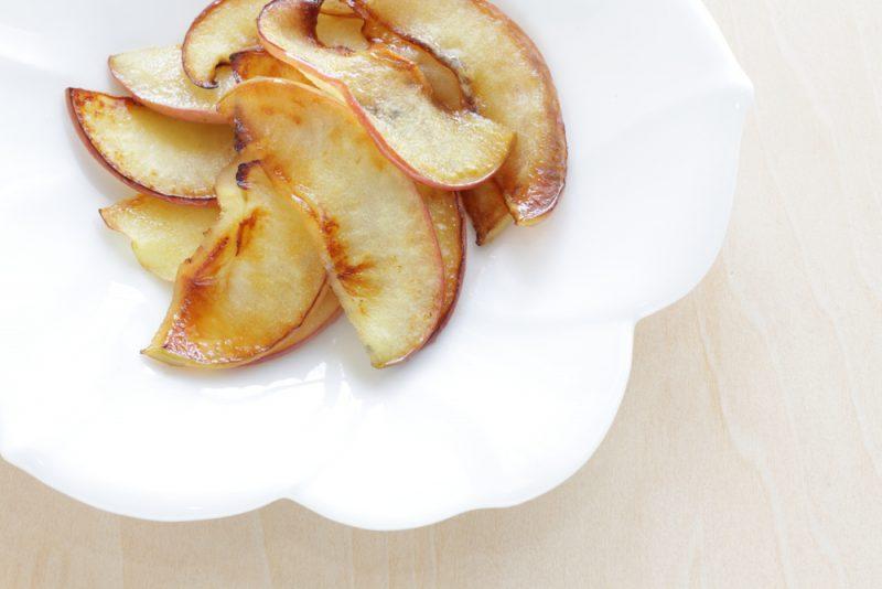 Экономный десерт из яблок