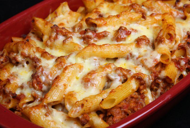 Запеканка макароны с фаршем в духовке: рецепт с сыром