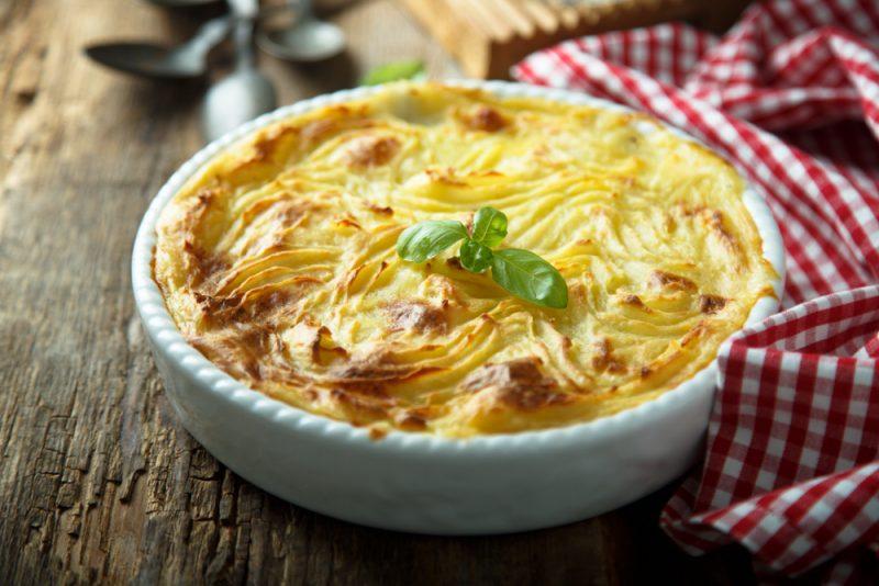 Как приготовить картофельную запеканку вкусно?