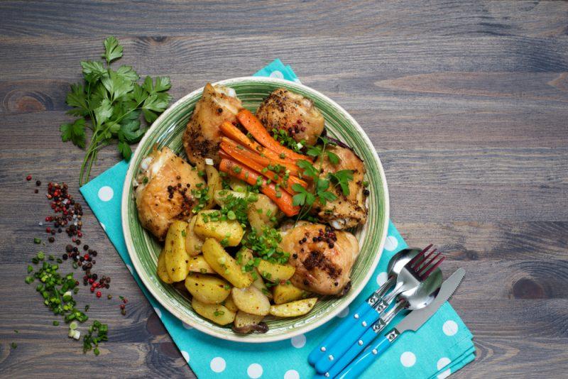 тушеная картошка с курицей в мультиварке