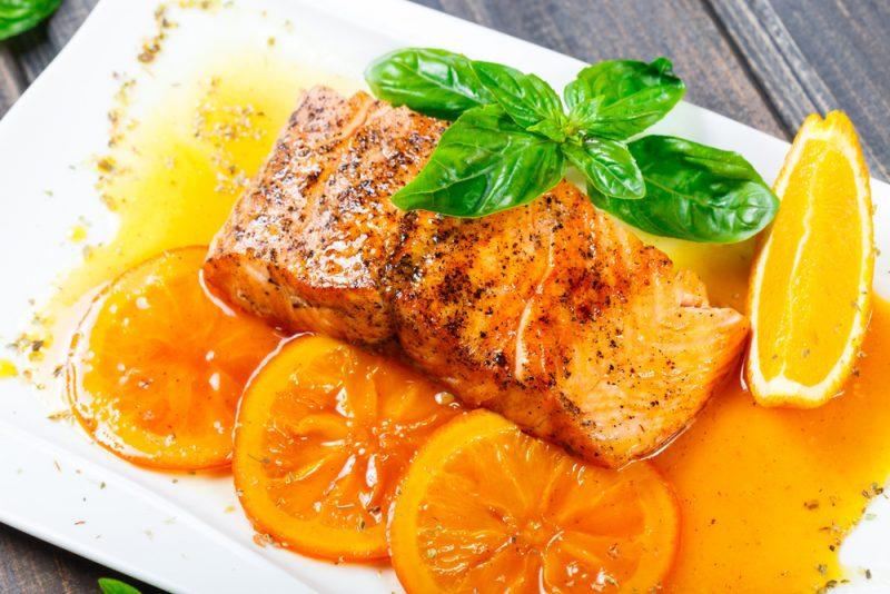 Как вкусно приготовить кету в апельсиновом соке