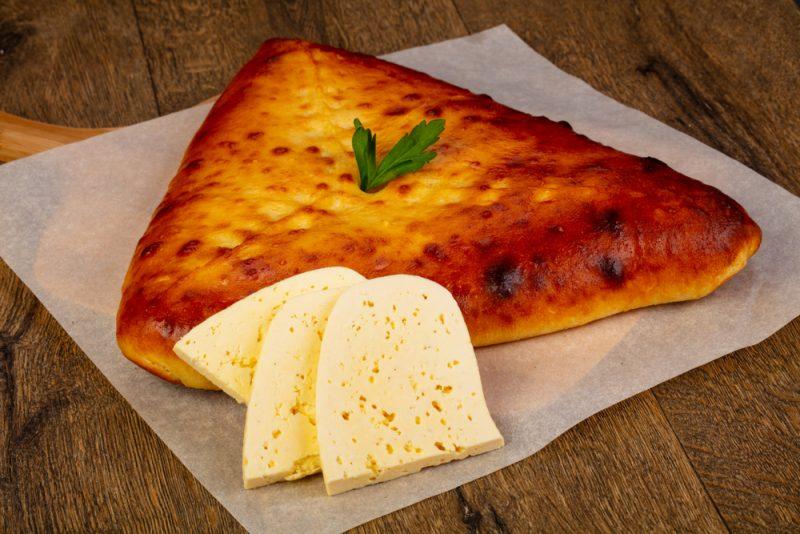 Рецепт осетинского пирога с сыром и зеленью