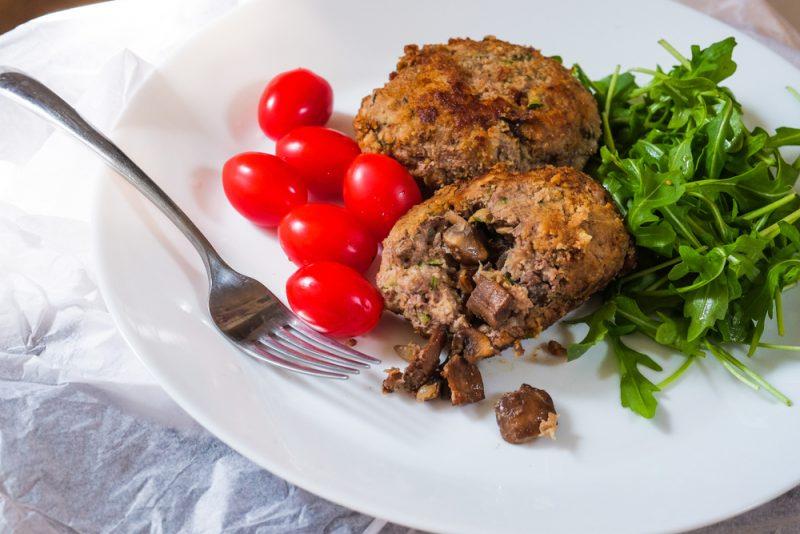 Зразы мясные с грибами: рецепт из говяжьего фарша