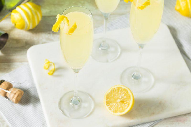 Коктейли на основе шампанского: ключевые правила приготовления