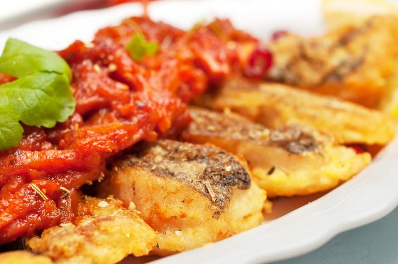 Рыба с классическим томатным маринадом