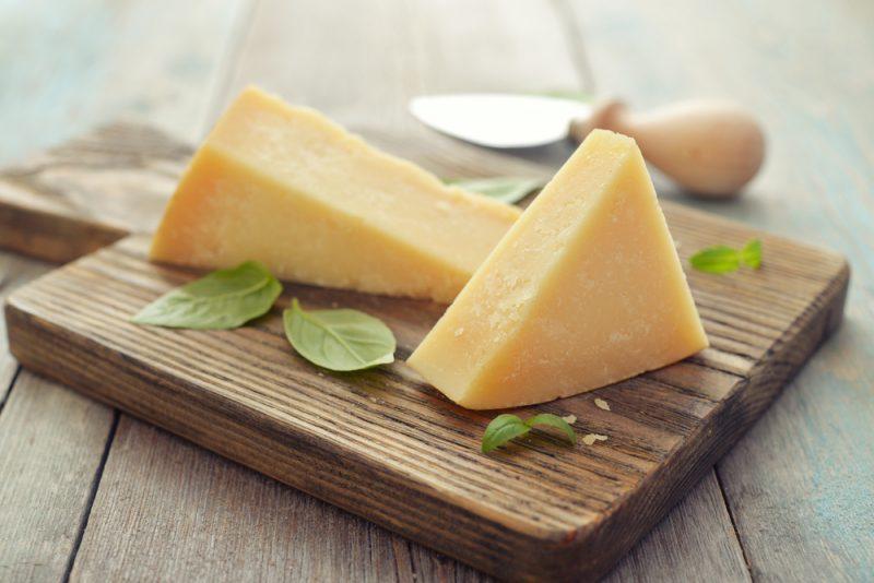 Твердый домашний сыр