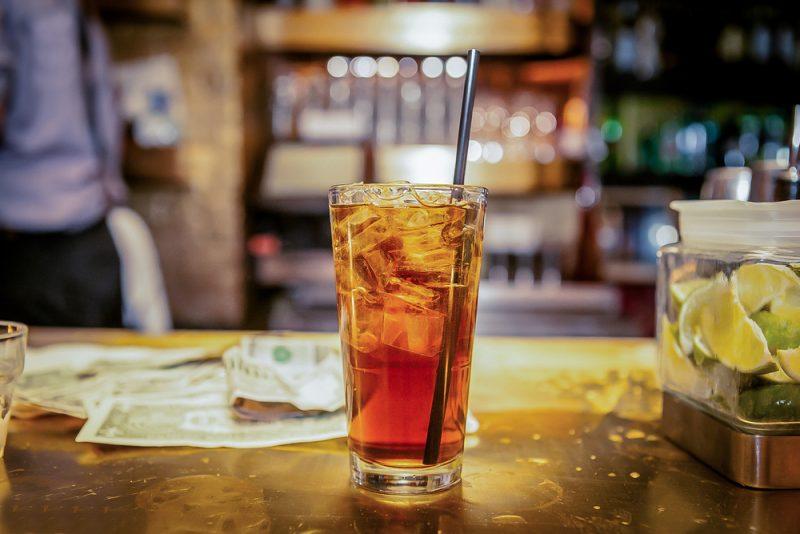 Ром с шампанским: коктейль с лаймом