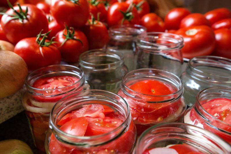 Малосольные помидоры на зиму: самый вкусный рецепт