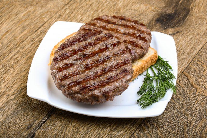 Сочные котлеты из говядины и свинины: рецепт от шеф-повара
