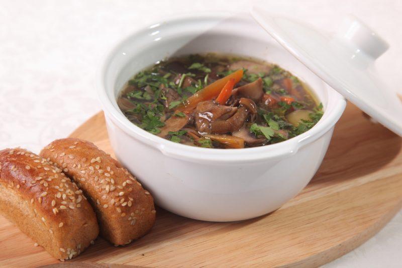 Вегетарианский рассольник: домашний рецепт