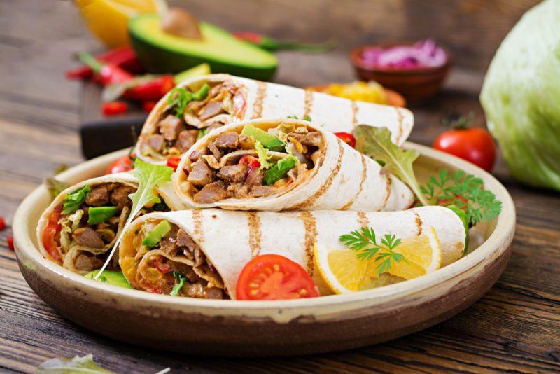 Рецепт из мексиканской кухни: Бурито классический.