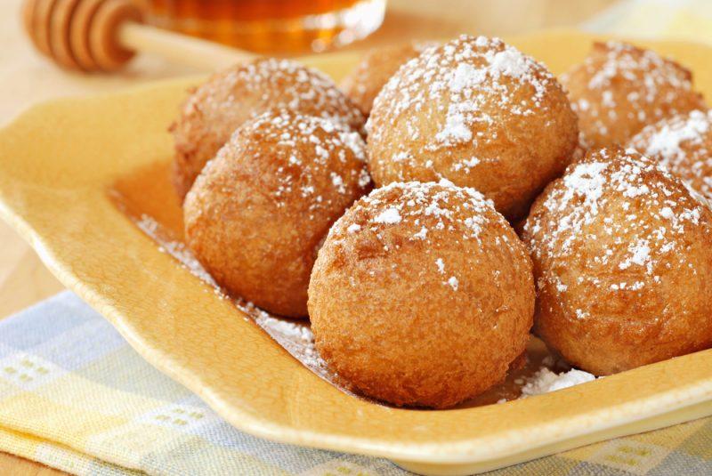 Быстрый рецепт пончиков на сковороде на кефире без дрожжей