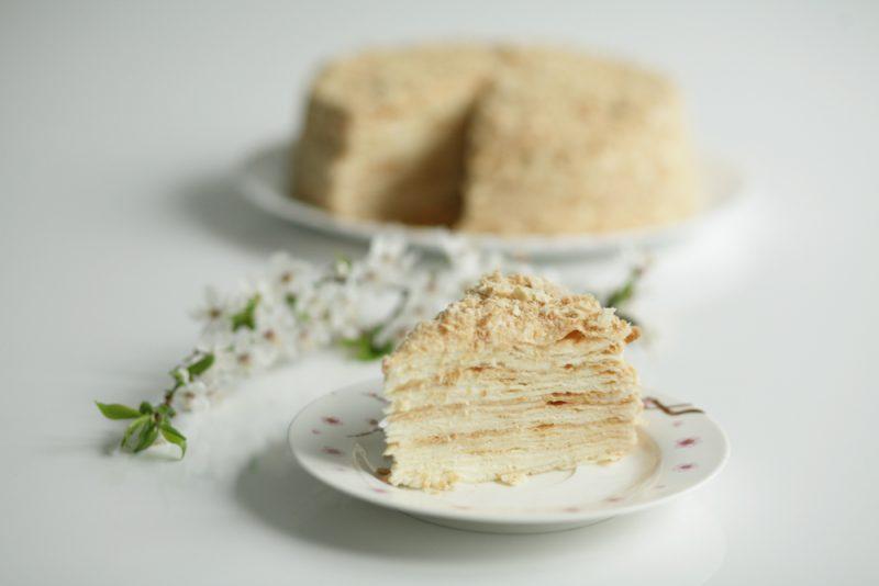 Роскошный торт без выпечки