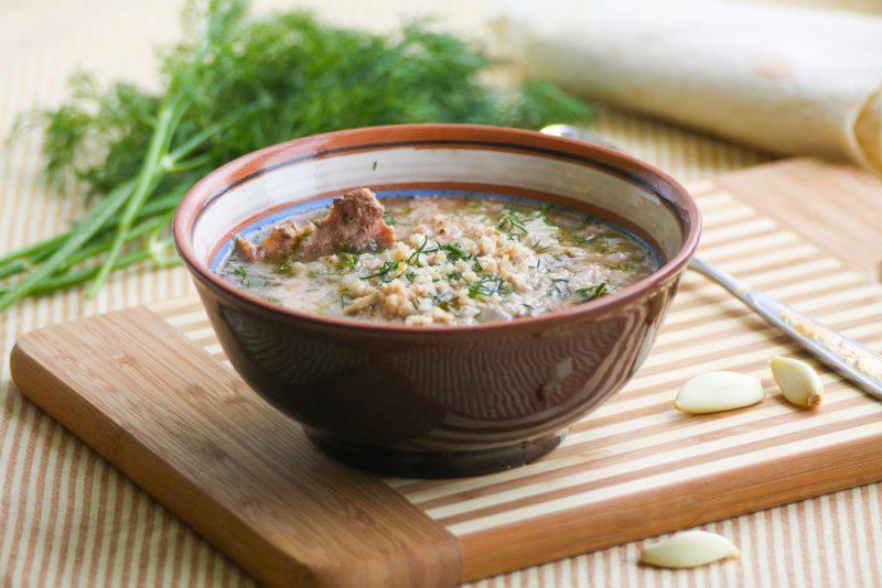 Ароматный рисовый суп с говяжьей вырезкой