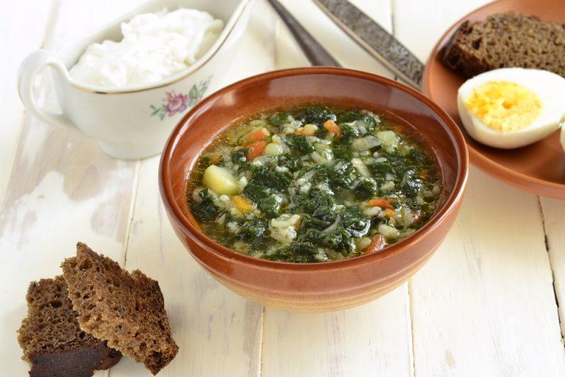 Простой суп с рисом: рецепт на скорую руку