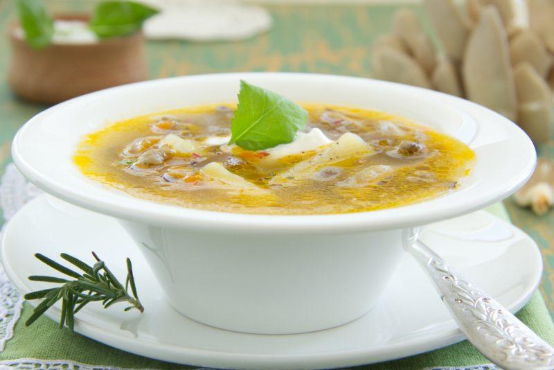 Суп из вешенок и куриного мяса