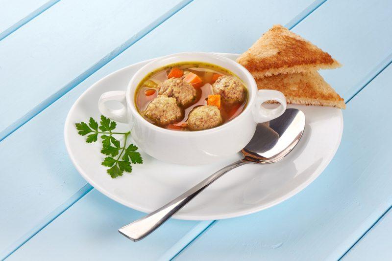 Суп с фрикадельками: пошаговые рецепты