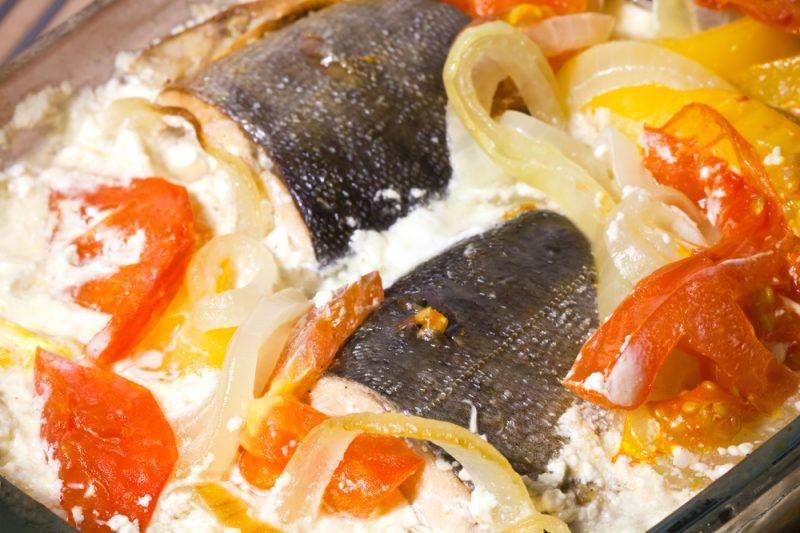 Рыба с овощным гарниром