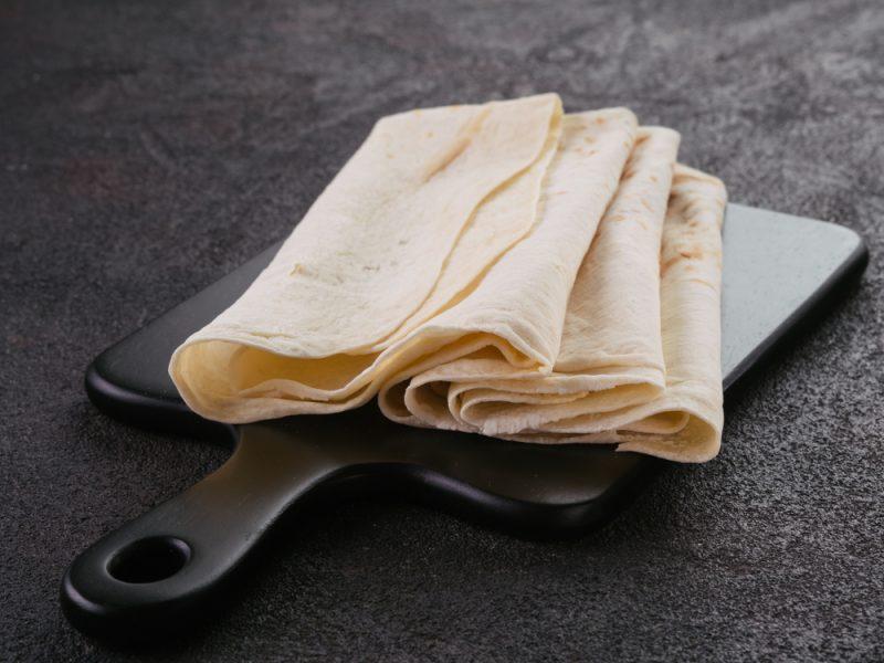 Дрожжевой лаваш: рецепт приготовления лепешек