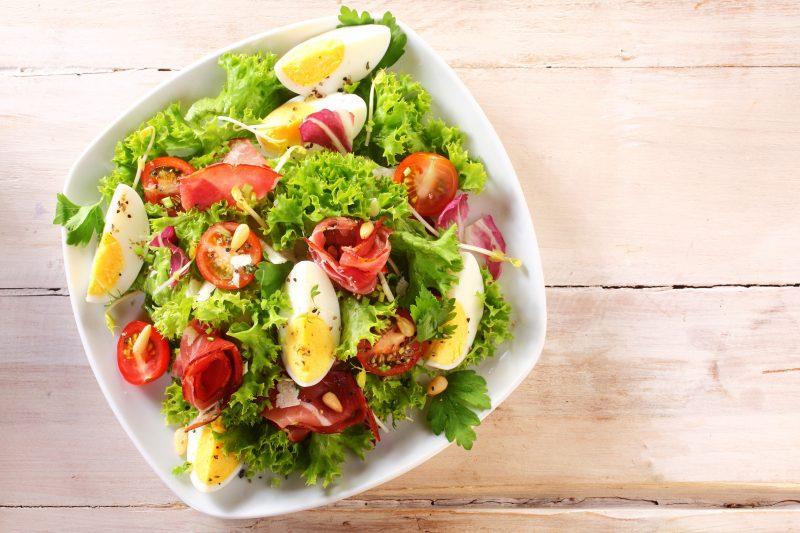 Микс-салат с добавками