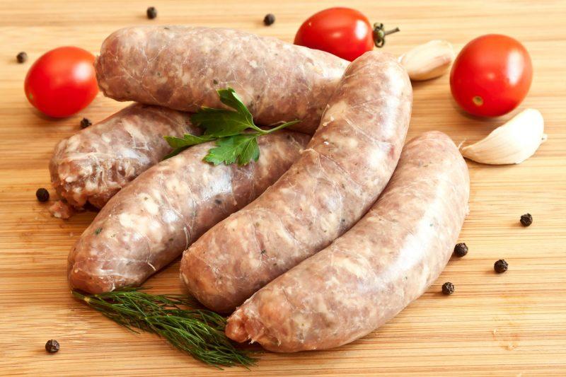 Простая домашняя колбаса из курицы: рецепт с фото