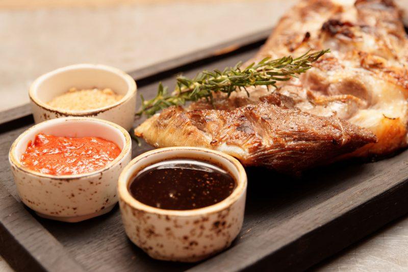 Как вкусно приготовить баранину в духовке? Основные секреты