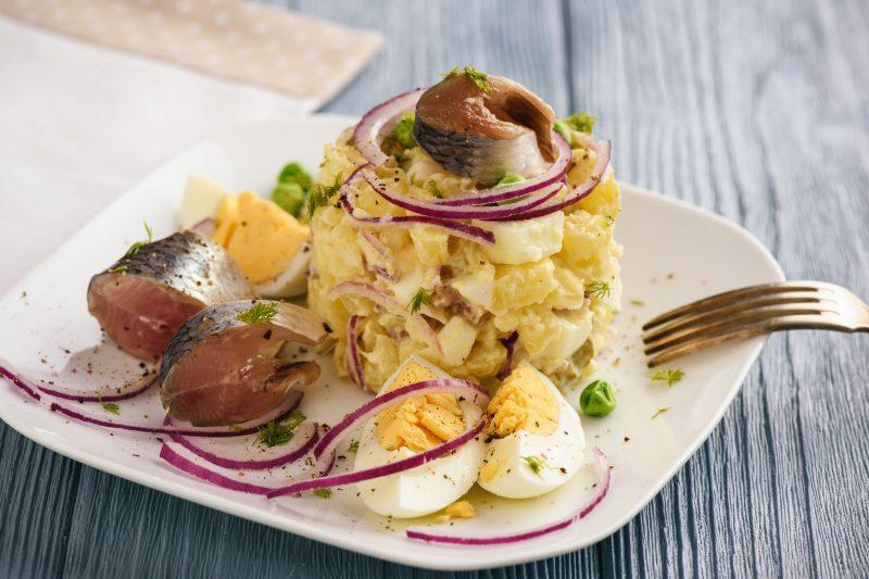 Нежный салатик из селедки