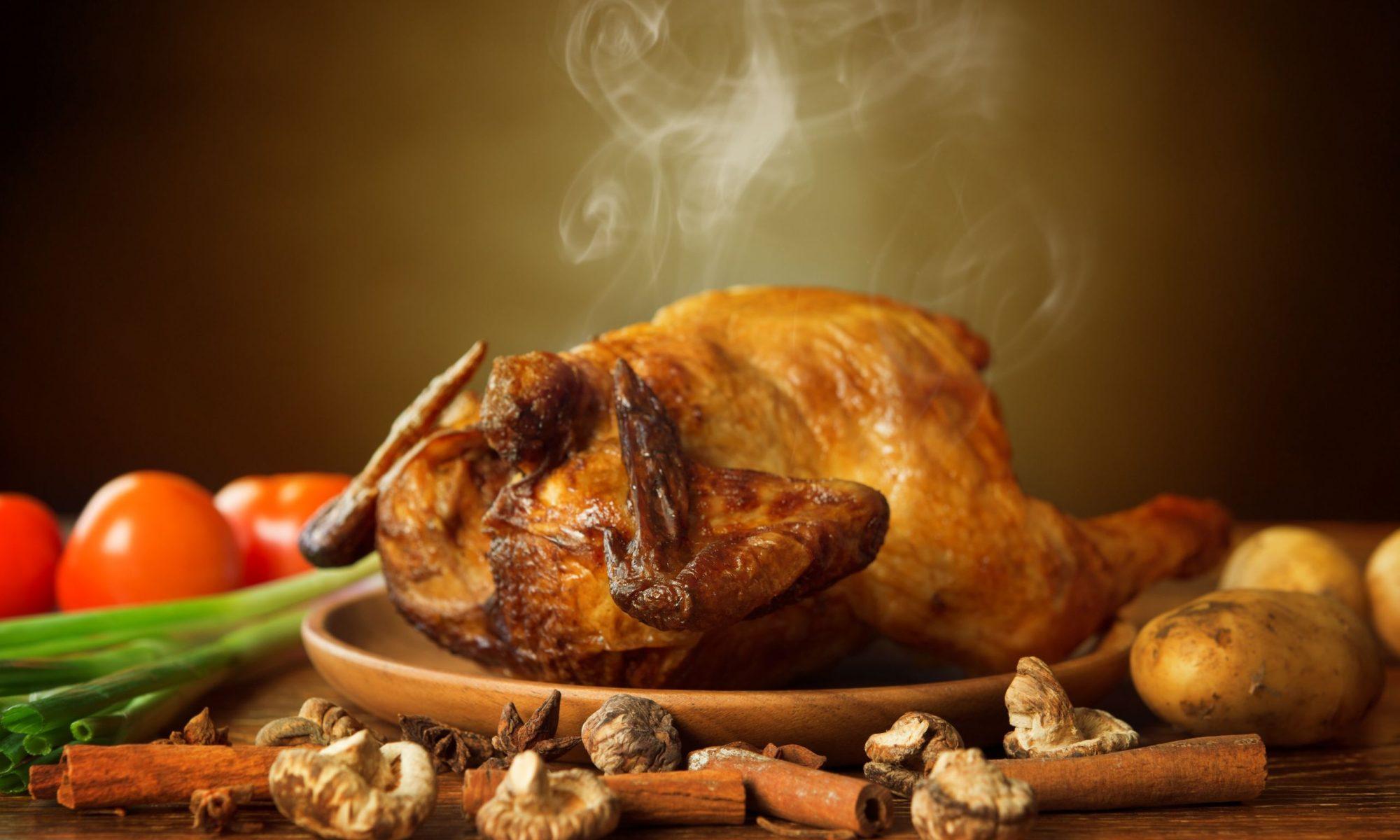Простые способы приготовления курицы в духовке целиком