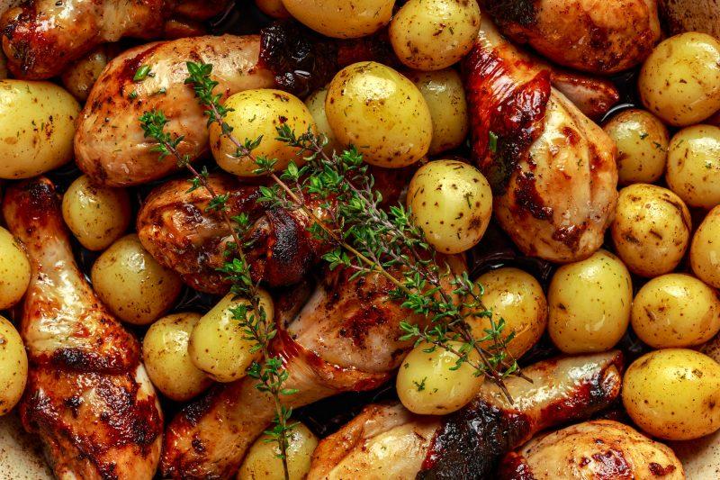 Голень индейки в горчичном маринаде с картошкой