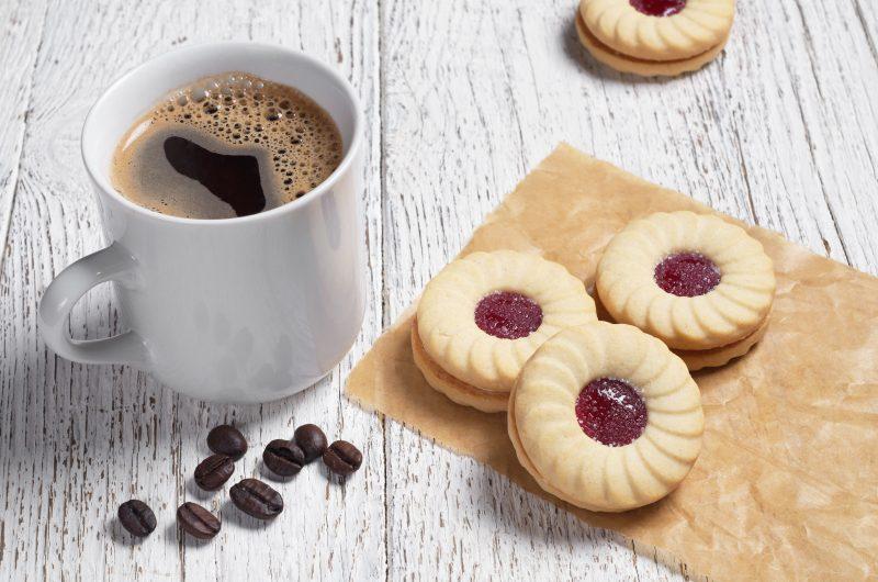 Быстрый рецепт печенья с вареньем