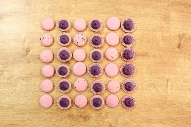 Воздушное печенье с вареньем быстро и просто: рецепт на основе суфле