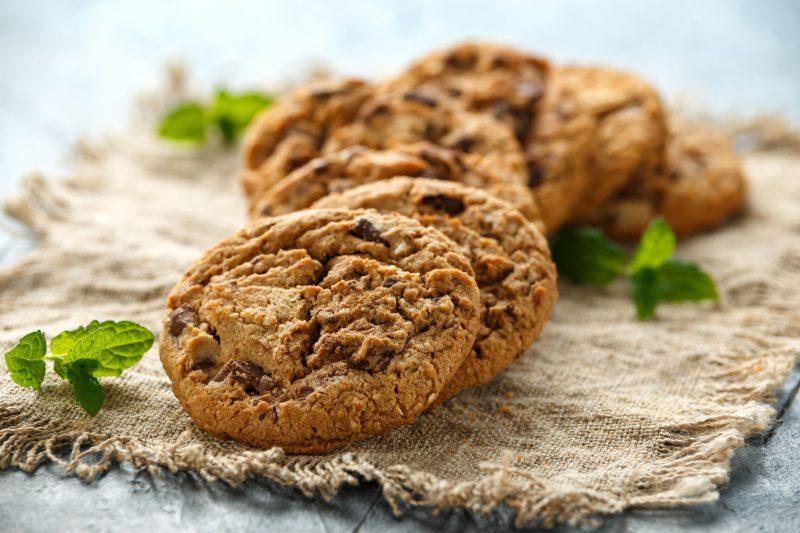 Песочное печенье с шоколадной крошкой