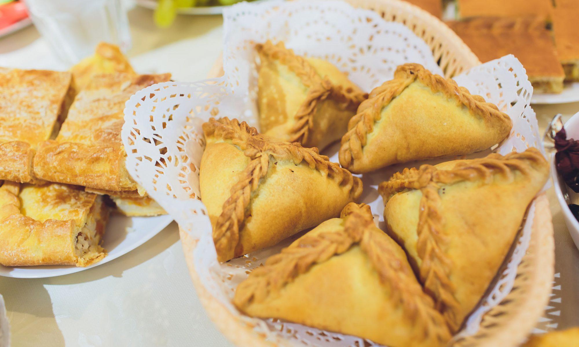 Пирожки с картошкой в духовке: рецепты от Шефмаркет