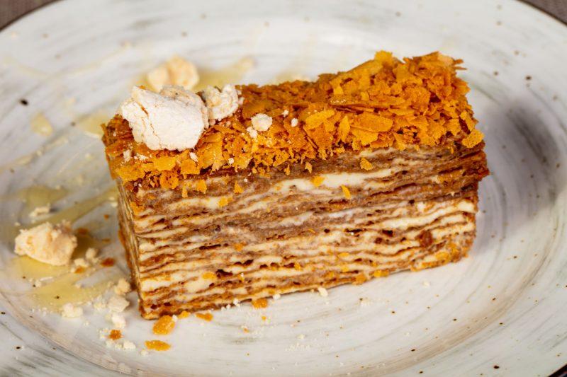 Вкусный торт рыжик: классический рецепт