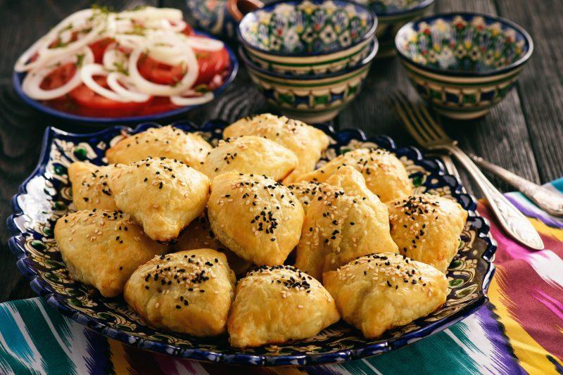 Вкусные пирожки с мясом в духовке: рецепты на кефире