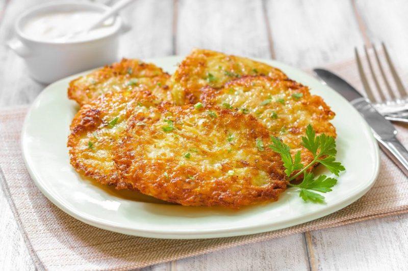 Вкусные драники картофельные с сыром и ветчиной: рецепт на скорую руку