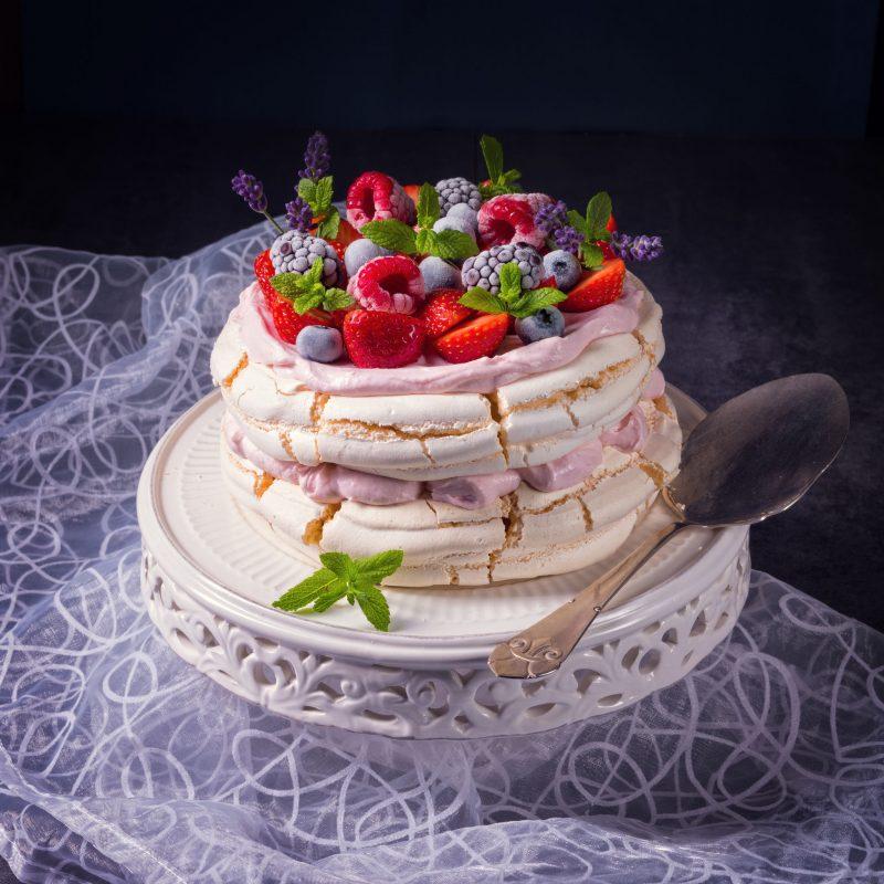 Торт графские развалины с основой из безе