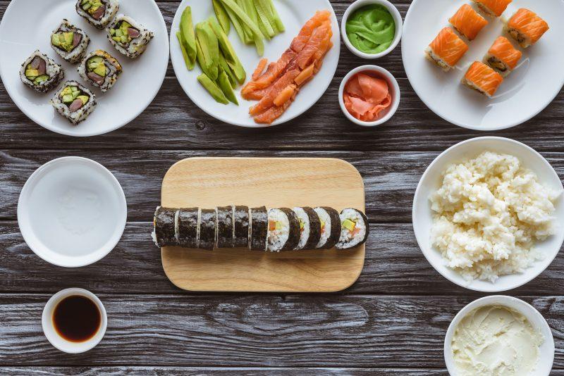 Суши с креветками терияки