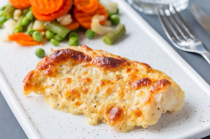 Рыбное мясо по-французски