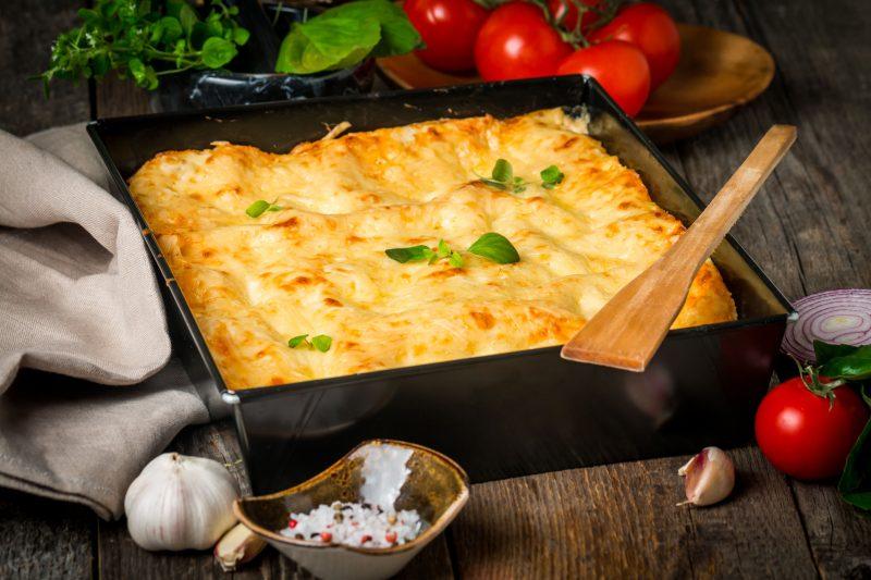 Мясо по-французски: быстрый рецепт с помидором