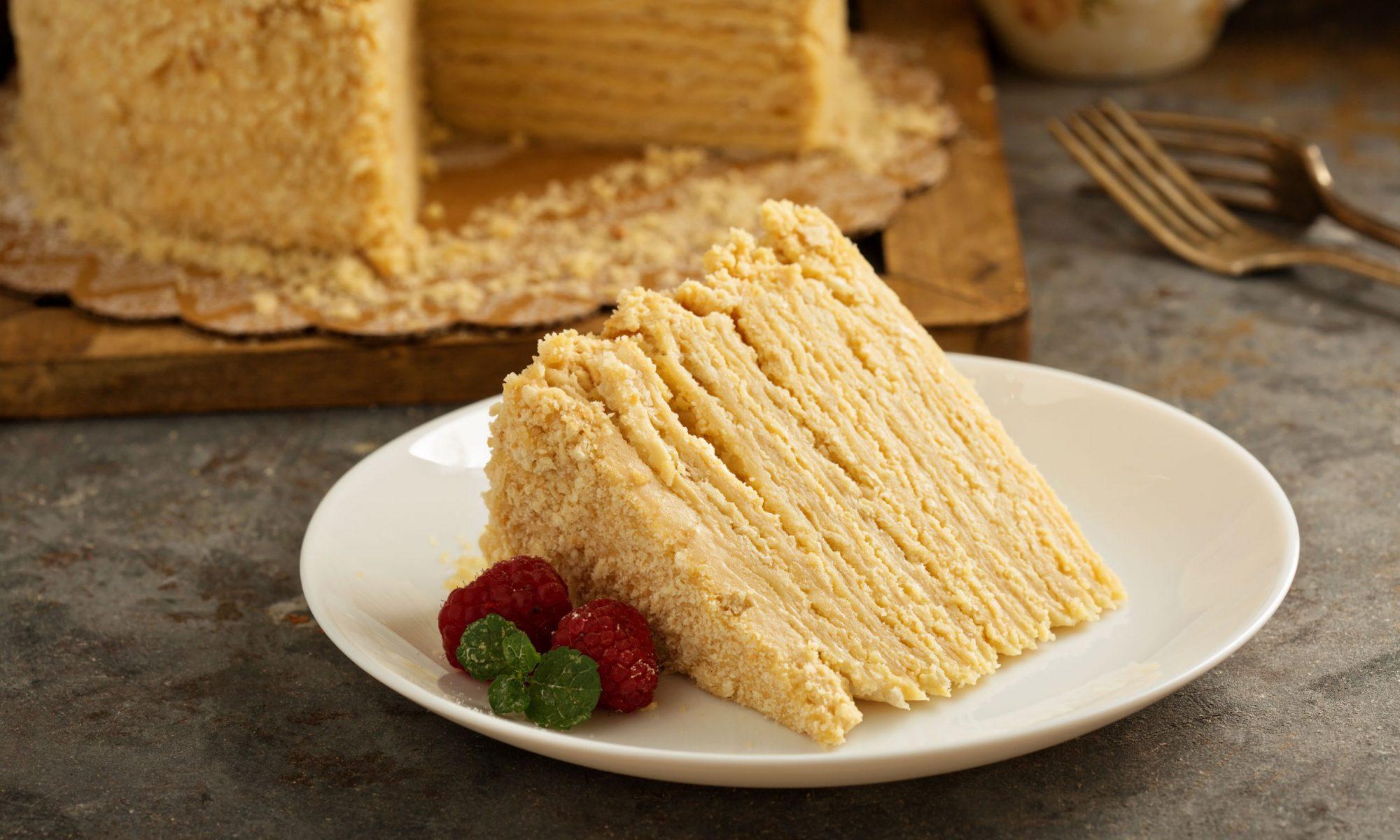 Слоеный торт: делаем необычный торт вместе!