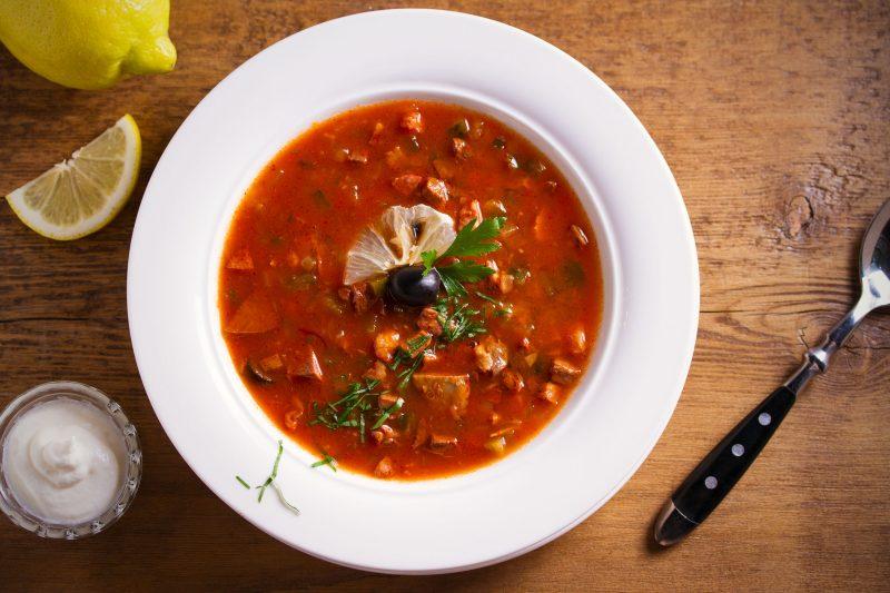 Солянка: рецепт любимого супа по-грузинским мотивам