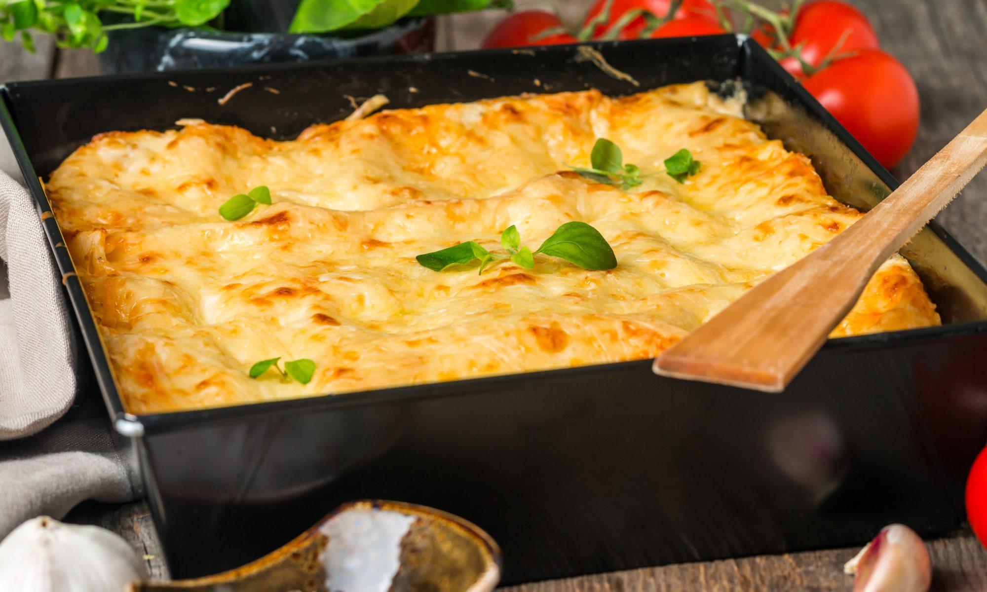 Рецепт мяса по-французски с сыром и помидорами