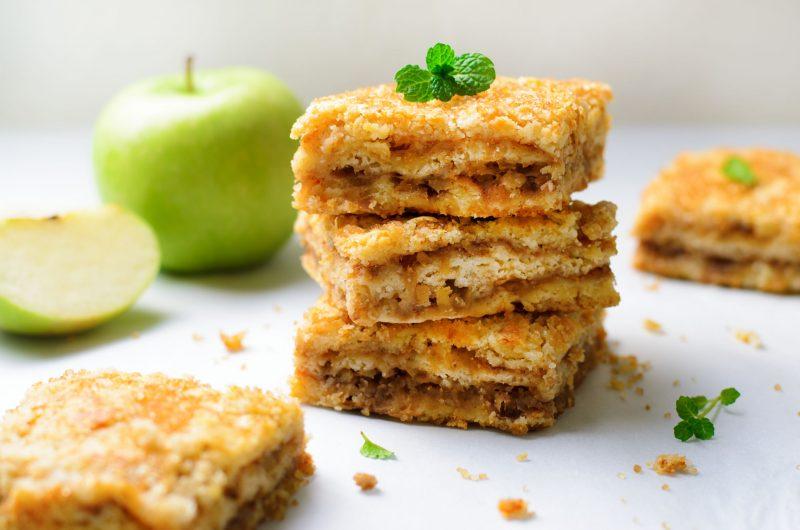 Домашнее печенье с яблоками к чаю