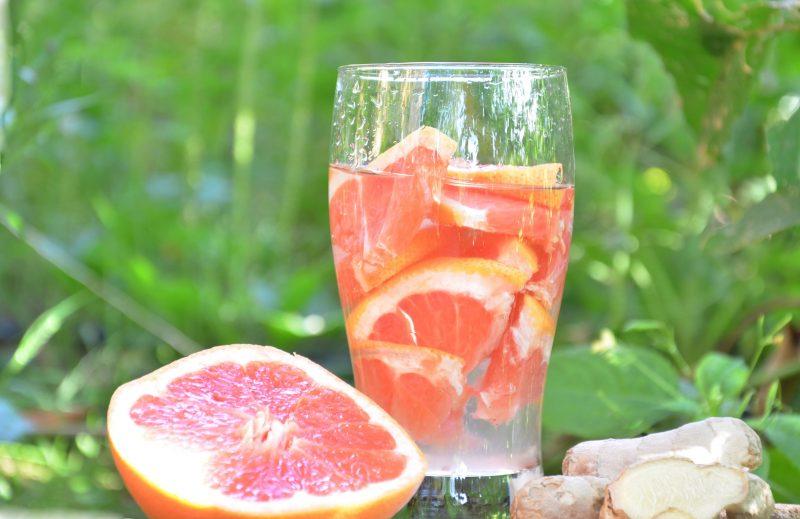 Грейпфрутово-мятный мохито
