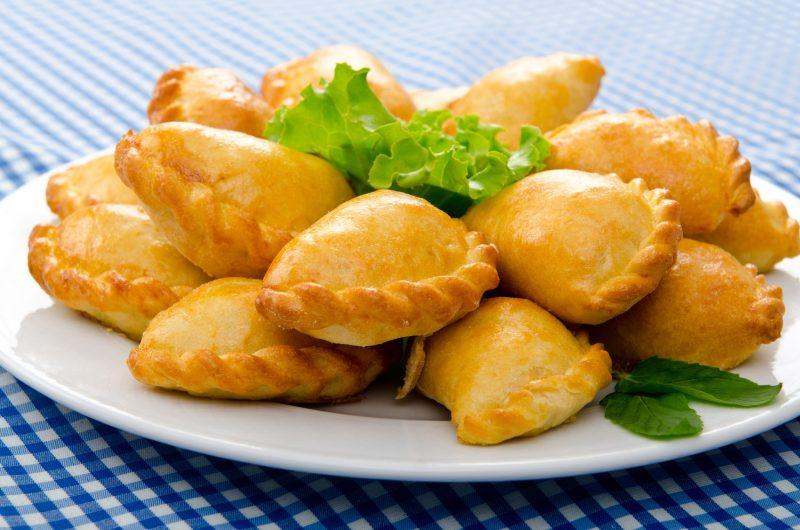 Пирожки с брусникой: бабушкин рецепт